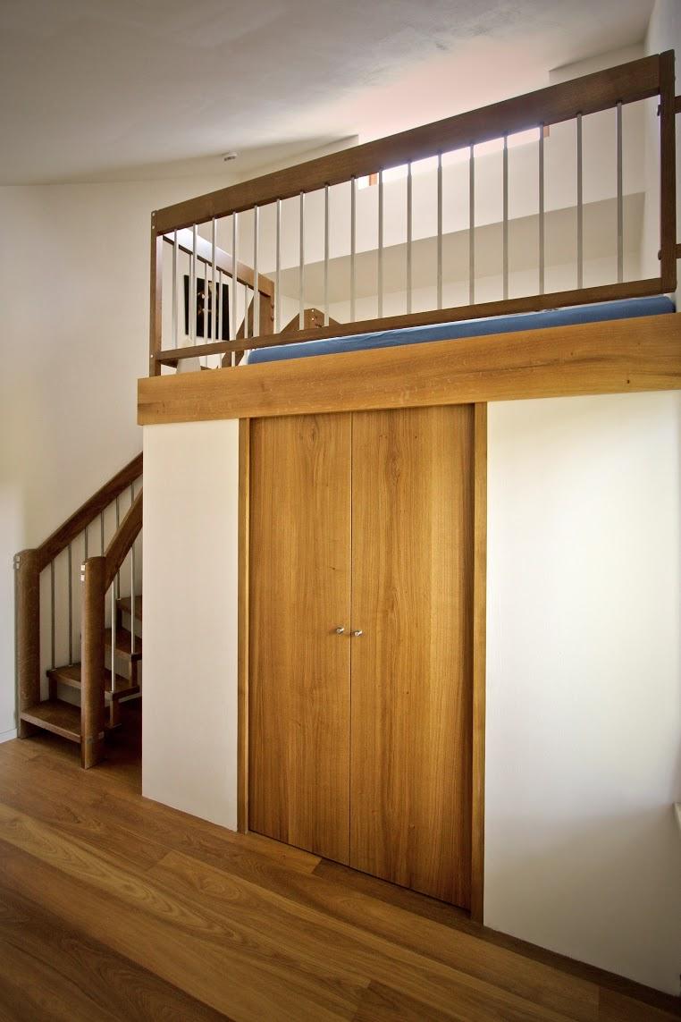 Treppenbau Jatzke begehbarer kleiderschrank und galerie (geländer und treppe