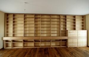 Bibliotheksregal Bibliotheksmöbel Massivholz Einbau Schrankwand Esche Tischlerei Dresden