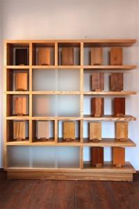 Raumteiler Massivholzmöbel Tischlerei Dresden Bücherregal Aktenregal Holzmustersammlung