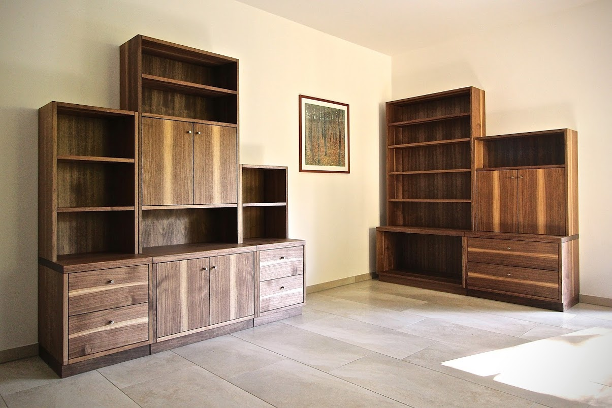 wohnzimmerm bel aus amerikanischem nussbaum sinnesmagnet. Black Bedroom Furniture Sets. Home Design Ideas