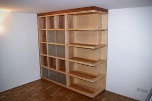 Regalwand Bücherregal Massivholz Einbaumöbel Tischlerei Dresden Esche Bibliotheksmöbel