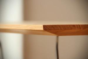 individueller Designertisch maßgefertigt Massivholz Möbel Tischlerei Dresden
