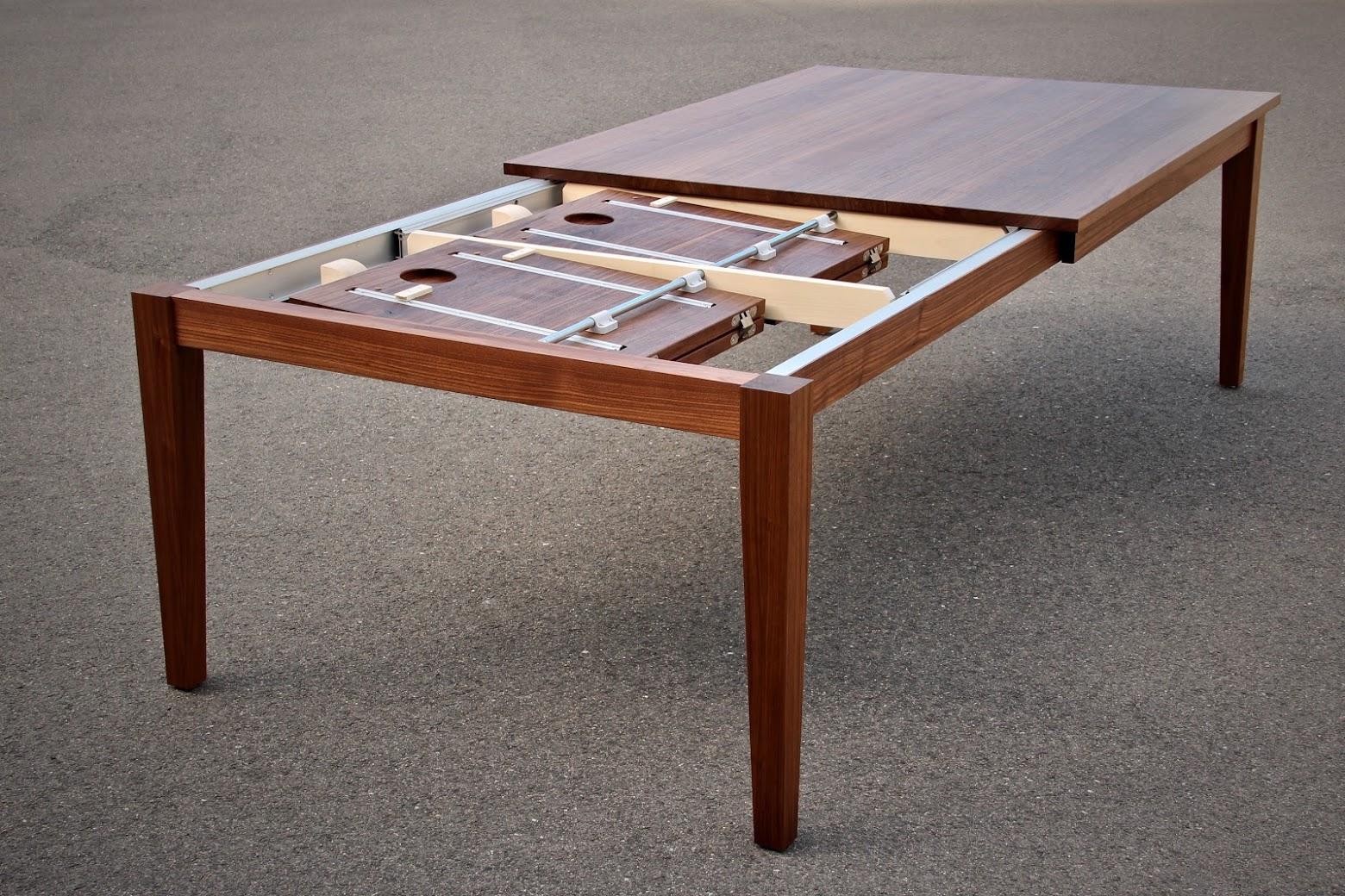 Die Ausziehplatten sind im Tisch integriert - Sinnesmagnet
