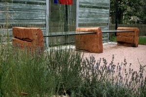 Gartenbank Robinie Glas Tischlerei Dresden Gartenmöbel Massivholz