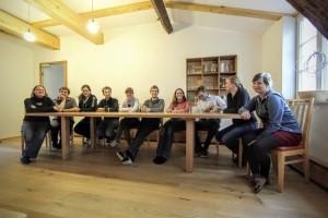 Großer Konferenztisch Massivholz Möbel Tischlerei Dresden Tisch für Pausenraum