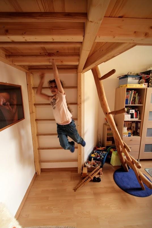 hochbett dresden kinder mo bel turnwand reckstange. Black Bedroom Furniture Sets. Home Design Ideas