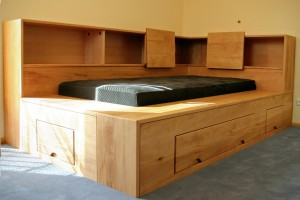 Schlafzimmer Möbel Tischlerei Dresden Bio Massivholz Bett Ehe Doppelbett metallfrei Bettkasten Schubkasten Stauraum