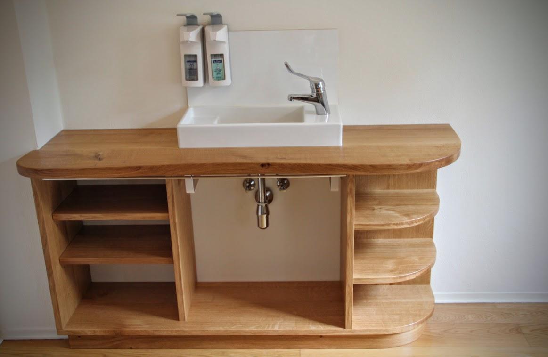badm bel f r 39 s badezimmer bauen lassen m bel aus massivholz aus der m beltischlerei. Black Bedroom Furniture Sets. Home Design Ideas