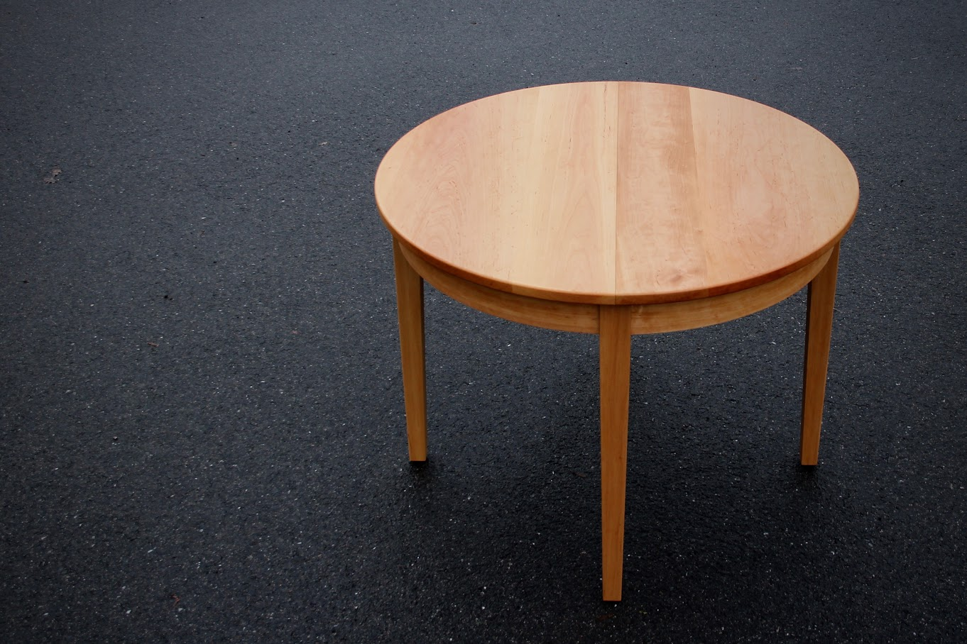 Runder Tisch Aus Erle Sinnesmagnet