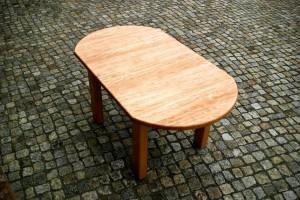 Runder Tisch maßgefertigt Massivholztisch oval verlängerbar Möbel Tischlerei Dresden