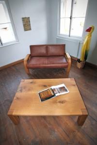 Sofa Tisch Bank Wildeiche Tischlerei Dresden Holz Möbel Wartezimmer