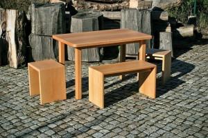Tisch Bank und Hocker Massivholz Essecke Tischlerei Dresden