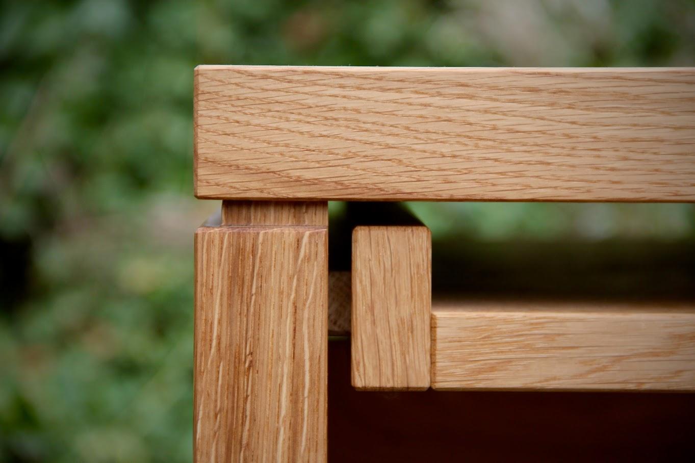 Schreibtisch und b rom bel aus massivholz f r praxis for Kleiner schreibtisch eiche