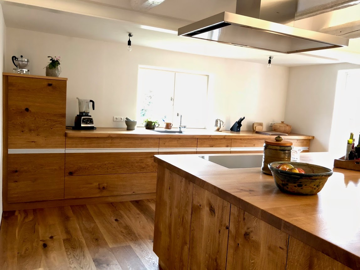 massivholzk chen einbauk che teek che und kochnische aus massivholz nach ma von ihrer. Black Bedroom Furniture Sets. Home Design Ideas