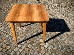 Tisch aus Eiche quadratisch Massivholz Möbel Dresden Sinnesmagnet