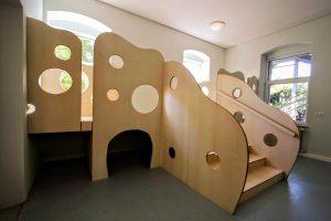 Kindergartenausstattung Kaufmannsladen Klettergerüst Hochbett Massivholz Kindergarten Möbel Tischlerei Dresden